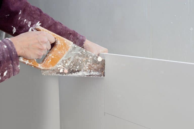 The best possible way to soundproof a wall. How to combine drywall with acoustic insulation, resilient channels and other materials for soundproofing walls.