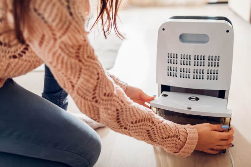How to find the best quiet dehumidifier?