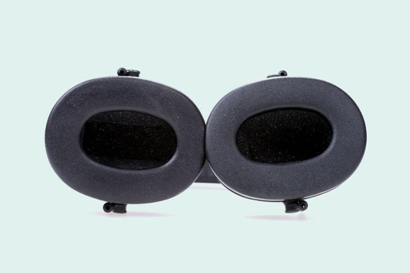 Noise-canceling earmuffs