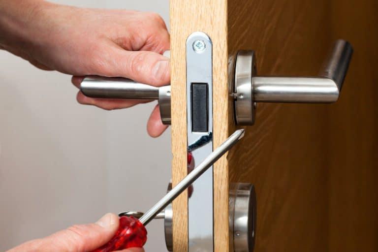 How to fix a squeaky door handle/knob.