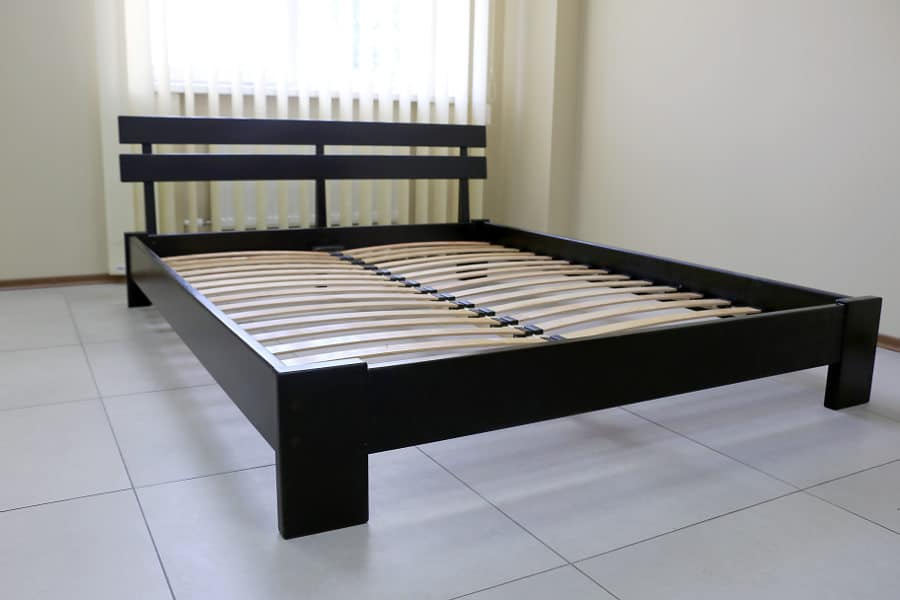 Best quiet bed frame. Sturdy bed frame that will not squeak.