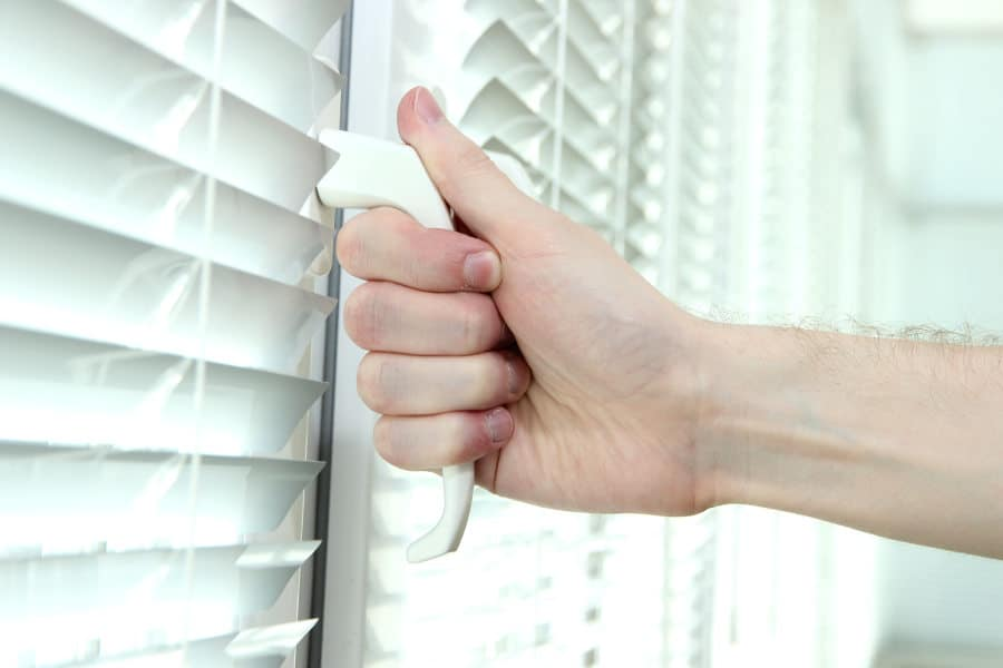 Opening an apartment window. How to do it without disturbing others.