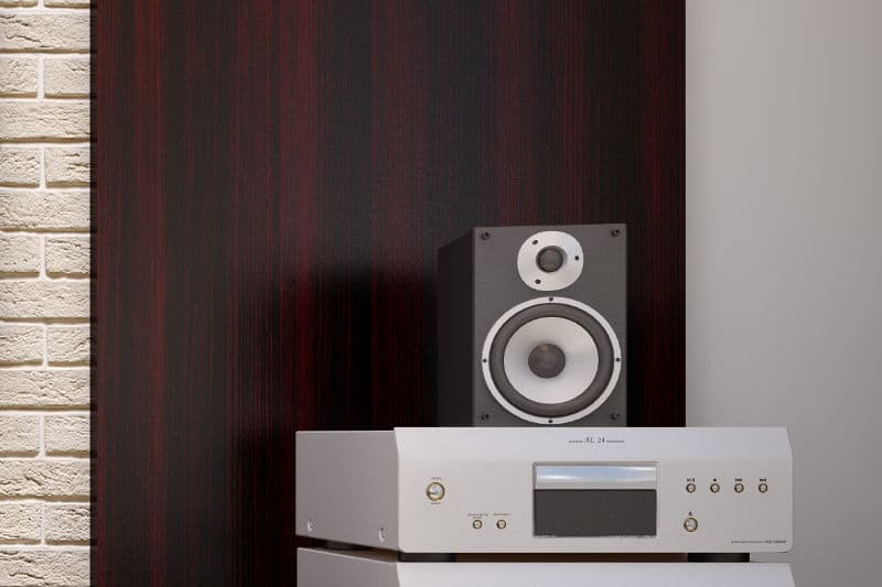 Eliminating hissing sound from speakers: How to do it.